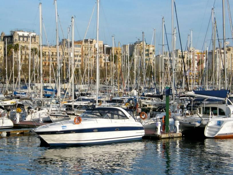 Port Olímpic, em Barcelona, área revitalizada graças à Olimpíada de 1992