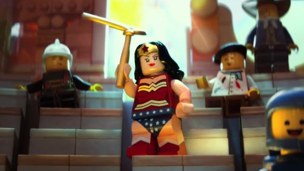 Mulher Maravilha versão lego em cena do filme The Lego Movie