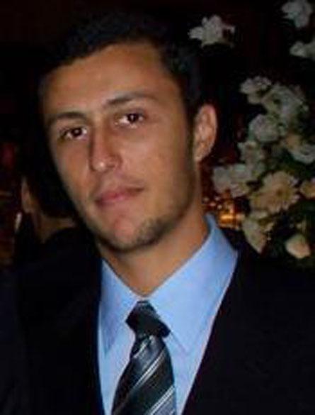 Leonardo Machado de Lacerda: 28 anos, 1º tentente no 1º Regimento de Carros de Combate, em Santa Maria. Natural do Rio de Janeiro