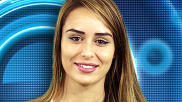 Letícia, 27 anos, bacharel em direito de Belo Horizonte (MG)