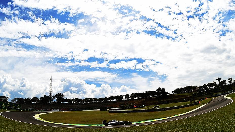 Movimentação no Grande Prêmio do Brasil no circuito de Interlagos, em São Paulo