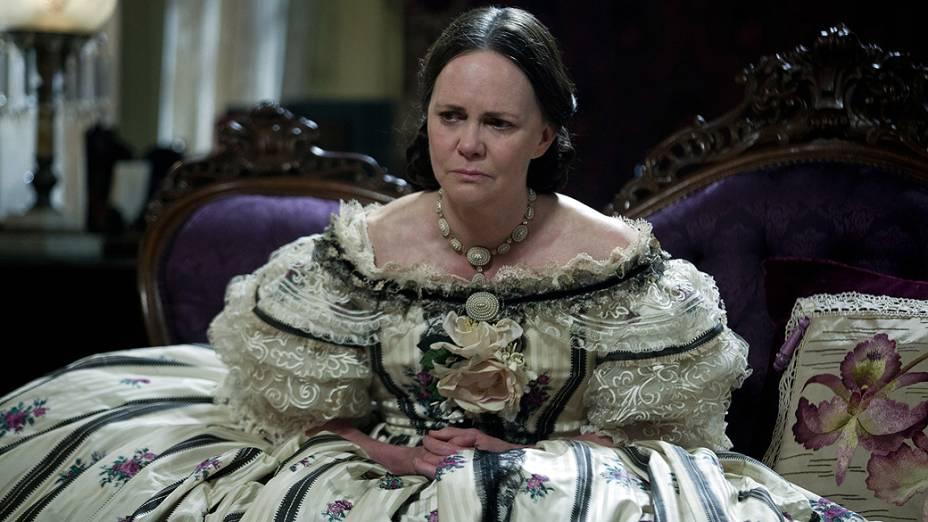 Sally Field interpreta Mary Todd Lincoln no filme Lincoln, do diretor Steven Spielberg