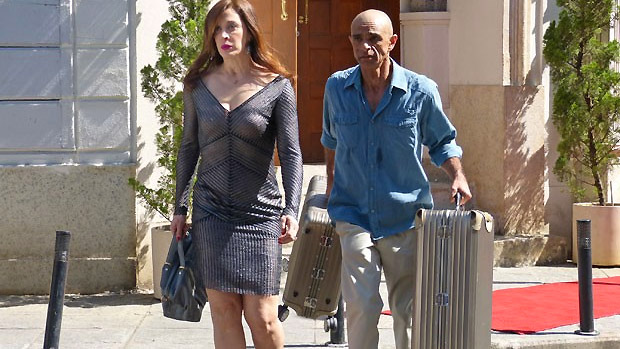 Lívia (Claudia Raia) foge para a Turquia no penúltimo capítulo de Salve Jorge