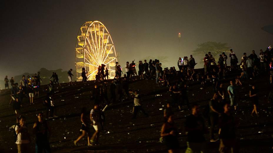 Público assiste ao show da banda Soundgarden no segundo dia do Festival Lollapalooza 2014 no Autódromo de Interlagos, em São Paulo
