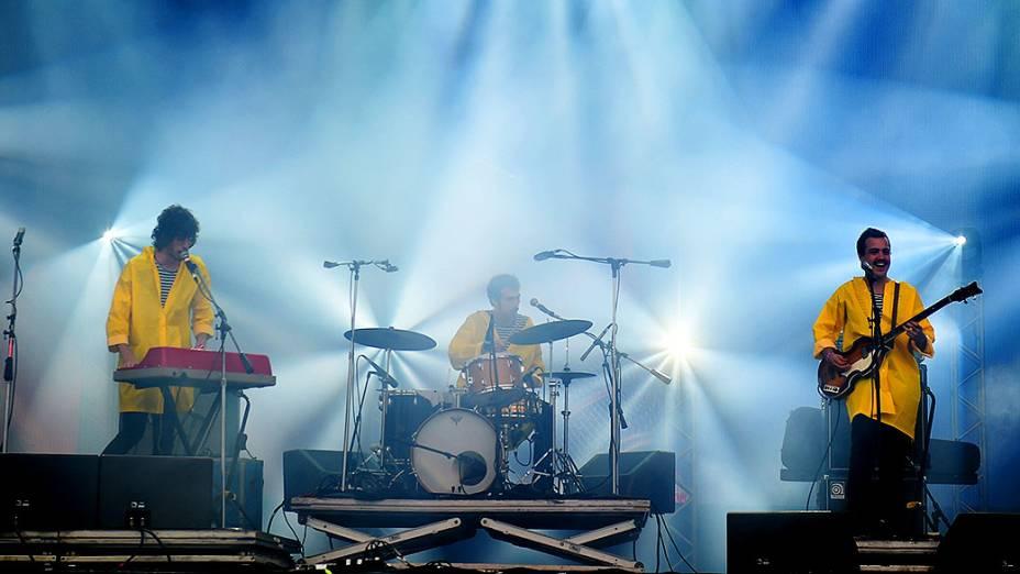 Apresentação da banda O Terno, no segundo dia do Festival Lollapalooza 2015, no Autódromo de Interlagos, em São Paulo