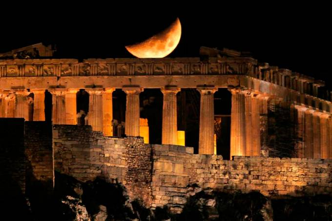lua-pathernon-atenas-grecia-20111102-27-original.jpeg