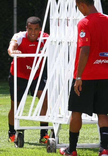 Lucas e Luís Fabiano, em treino do São Paulo