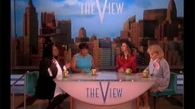Luciana Gimenez estreia na TV americana como apresentadora convidada do <em>The View</em>, da rede ABC