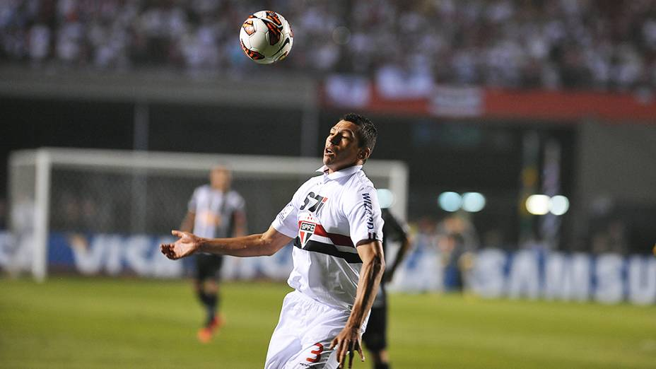 São Paulo enfrenta o Atlético Mineiro (MG) no jogo de ida das oitavas de final da Taça Libertadores da América no Morumbi