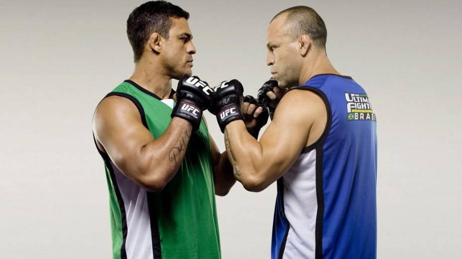 Luta principal do UFC 147, 23 de junho, seria entre Vitor Belfort (verde) e Wanderlei Silva