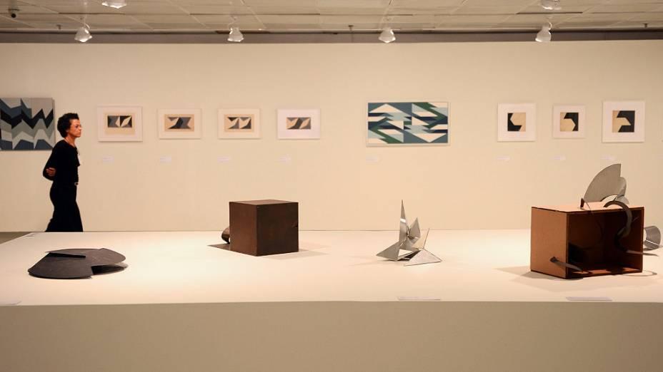 Exposição da artista mineira Lygia Clark no Itaú Cultural