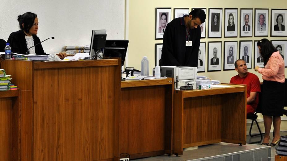 Macarrão no banco dos réus durante o quinto dia de julgamento