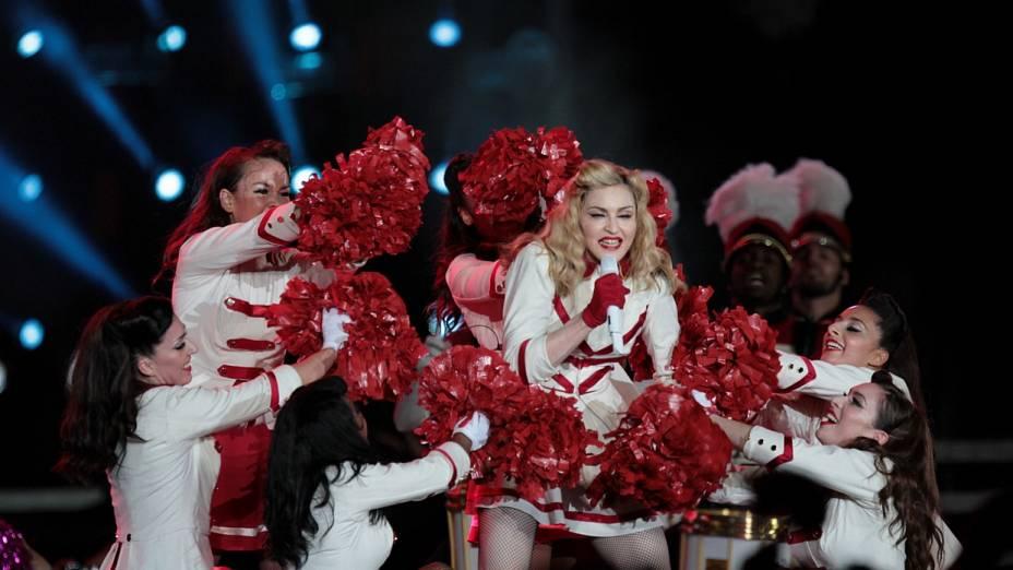Madonna emocionou fãs ao subir no palco do show no Rio