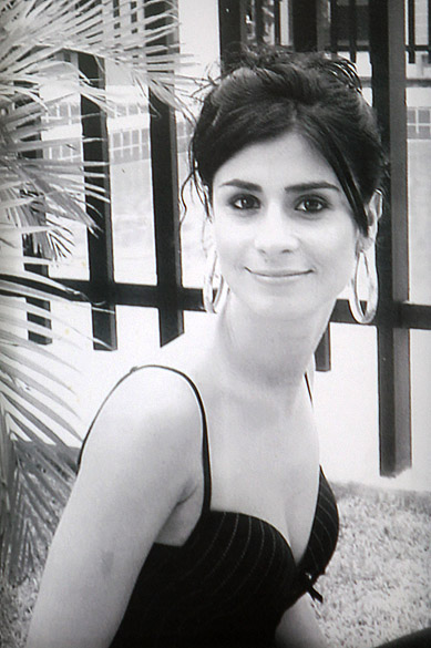 Reprodução da foto de Andressa Ferreira Flores, que morreu no incêndio da Boate Kiss