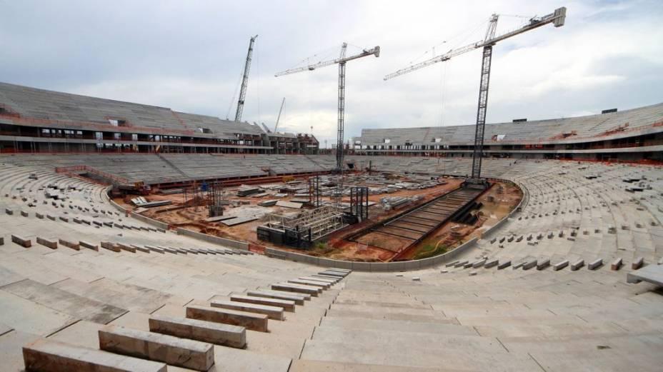 A construção da Arena Amazônia, em Manaus, em abril de 2013