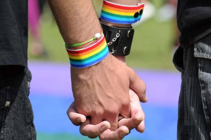 manifestacao-lgbt-homofobia-brasilia-20110518-02-original.jpeg