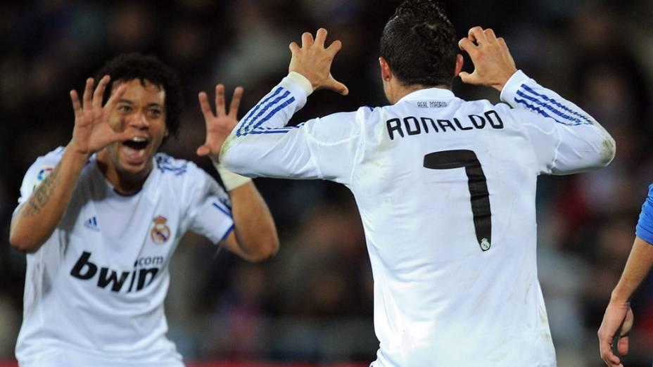 Cristiano Ronaldo e Marcelo durante partida contra o Getafe, válida pelo campeonato espanhol