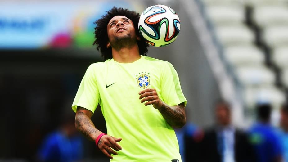 Marcelo durante treino da seleção antes do jogo contra o México no Castelão, em Fortaleza