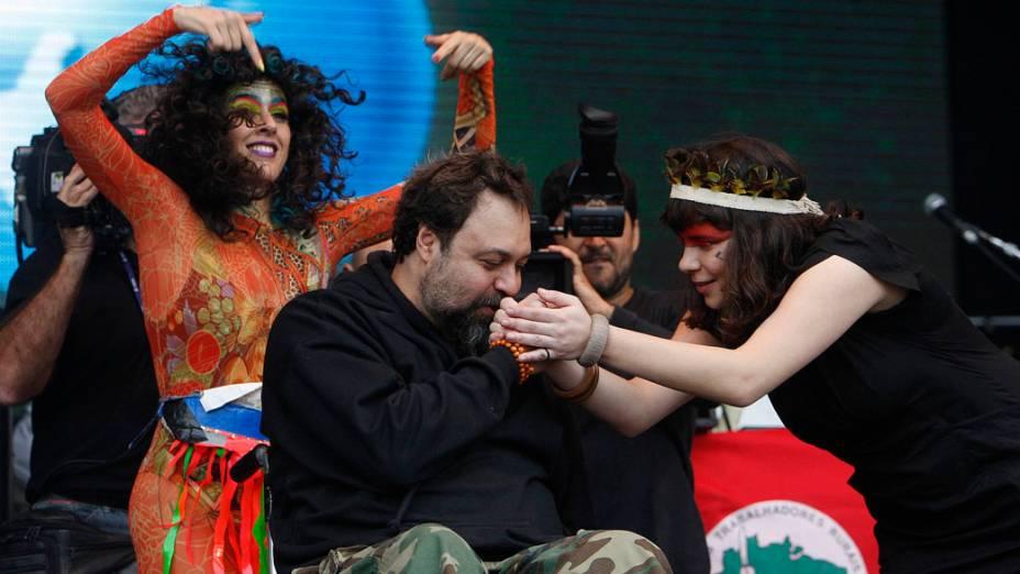 Marcelo Yuka durante o show no palco Sunset com Cibelle, Karina Buhr e Amora Pêra, no segundo dia do Rock in Rio, em 24/09/2011