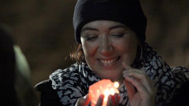 Maria Marta (Lilia Cabral) com diamante rosa de José Alfredo (Alexandre Nero)