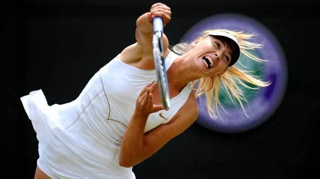 Em Londres, a russa Maria Sharapova durante partida contra a inglesa Laura Robson, no torneio de tênis de Wimbledon