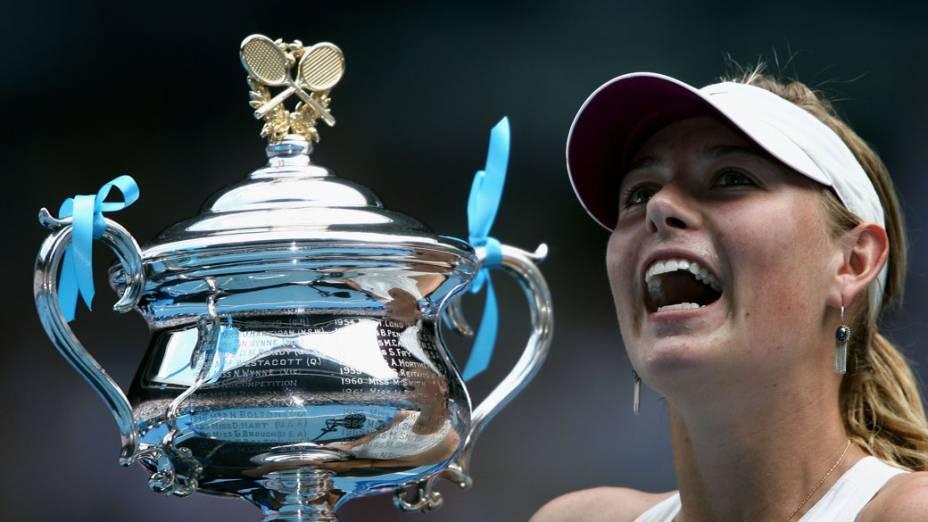 Sharapova conquista seu terceiro Grand Slam ao vencer o Australian Open em 2008