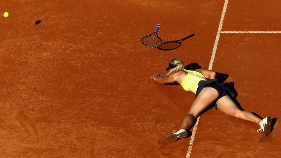 Tombo na semifinal contra Caroline Wozniacki, da Dinamarca, no aberto de Roma
