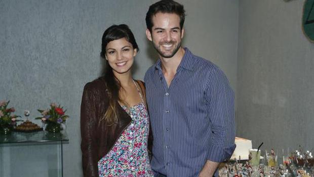 Mariana Cortines com o ator Bruno Dubeux, colega de <em>Malhação</em>