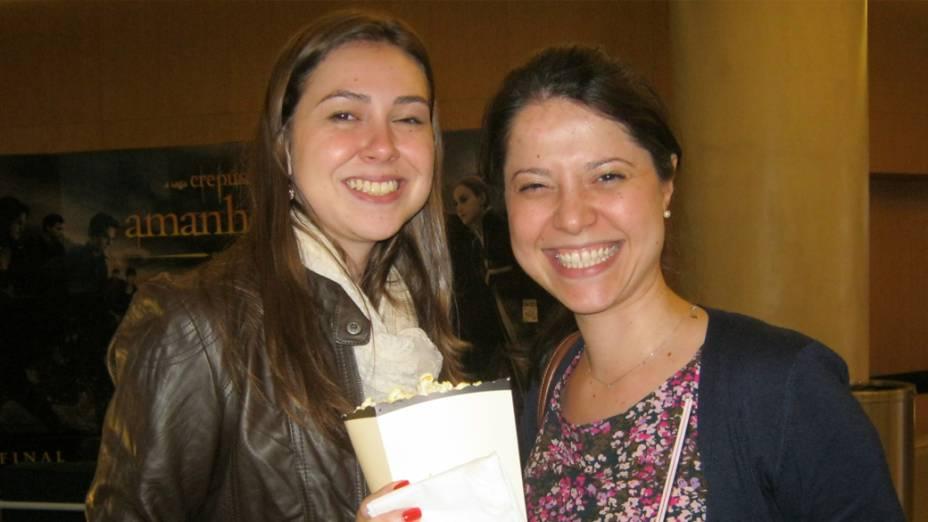 """Marina e Carolina gostam da série de Stephanie Meyer por apresentar um """"romance maravilhoso"""". Elas foram à pré-estreia de Amanhecer - Parte 2 assistir ao final da saga"""