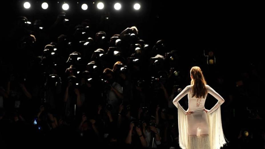Desfile do estilista Mark Fast, na Semana de Moda de Londres