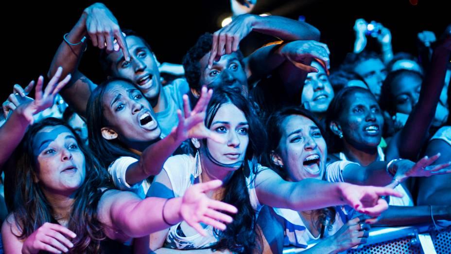 O público durante o show do Maroon 5 no palco Mundo, no sexto dia do Rock in Rio, em 10/10/2011