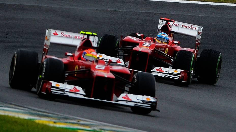 Felipe Massa e Fernando Alonso durante o GP do Brasil de Fórmula 1, em Interlagos
