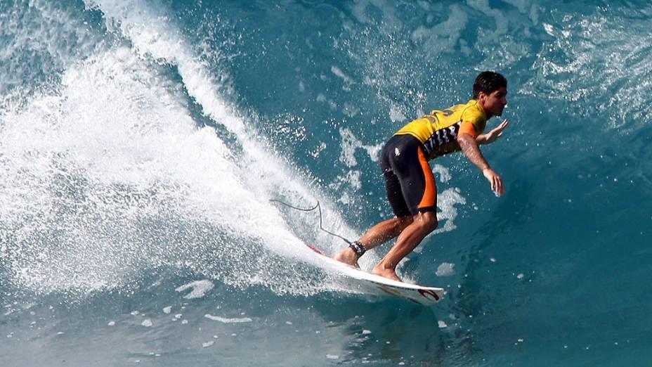 O surfista paulista Gabriel Medina, 20, conquista o título mundial de surfe, durante o Billabong Pipe Masters, última etapa do Circuito Mundial de Surfe, nesta sexta-feira (19) na praia de Pipeline, em Honolulu, na ilha de Oahu no Havaí, Estados Unidos