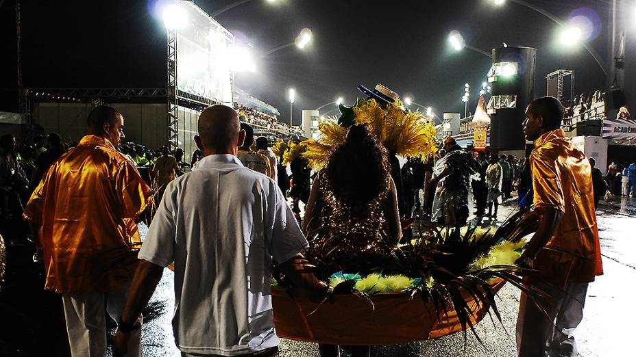 Desfile da Acadêmicos do Tatuapé no primeiro dia do carnval de São Paulo