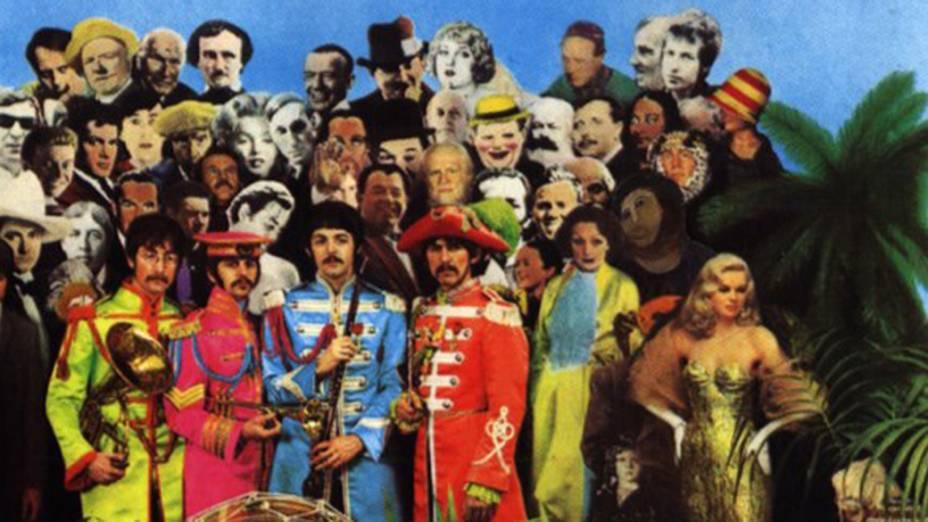 """Imagem do afresco """"restaurado"""" por idosa na Espanha, aparece em reprodução da capa do disco Sgt. Peppers Lonely Hearts Club Band dos Beatles"""