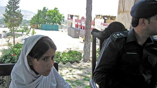 menina-bomba-paquistao-20110620-original.jpeg