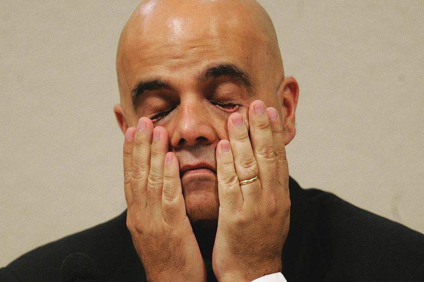 """O empresário mineiro Marcos Valério Fernandes de Souza, citado pelo deputado Roberto Jefferson como pagador do """"mensalão"""", durante seu depoimento na CPMI dos Correios"""