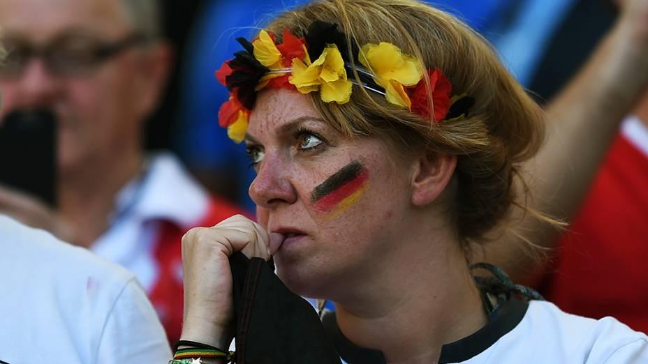 Torcedora da Alemanha durante o jogo contra a Argentina na final da Copa no Maracanã, no Rio