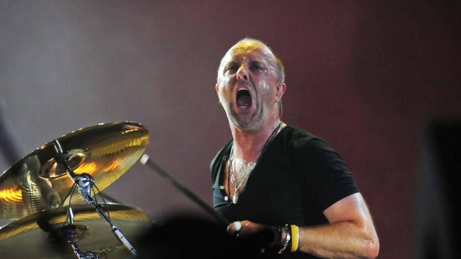 O baterista Lars Ulrich durante o show do Metallica no palco Mundo, no terceiro dia do Rock in Rio, em 25/09/2011