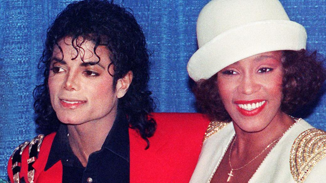 Michael Jackson e Whitney Houston foram amantes, diz jornal | VEJA