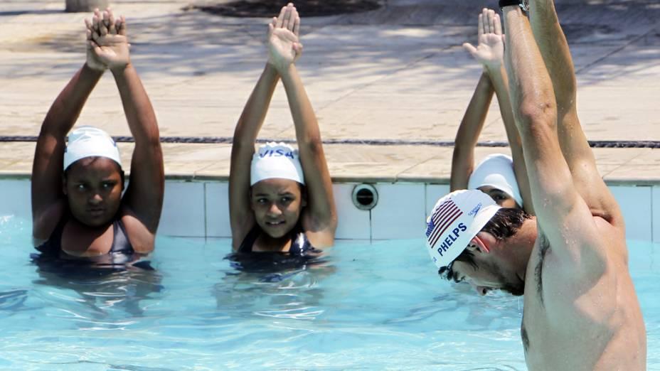 Michael Phelps, participa de evento no Centro Olímpico do complexo do Alemão, Rio de Janeiro