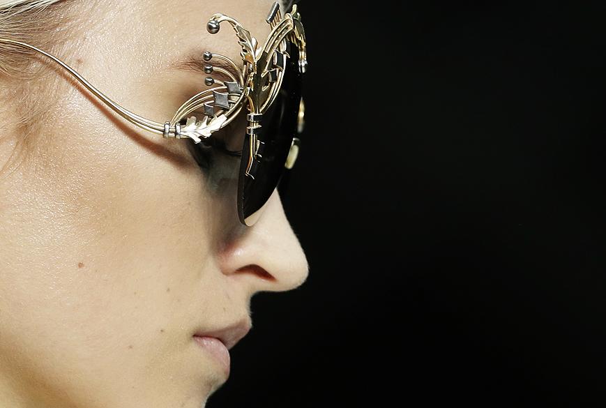 Desfile de Roberto Cavalli durante semana da moda de Milão (Verão 2013)