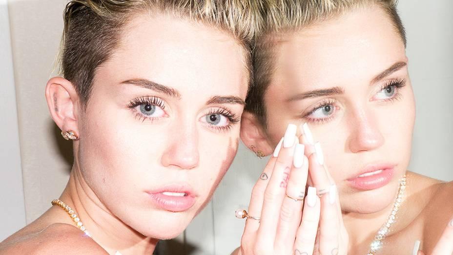 Miley faz ensaio para Terry Richardson
