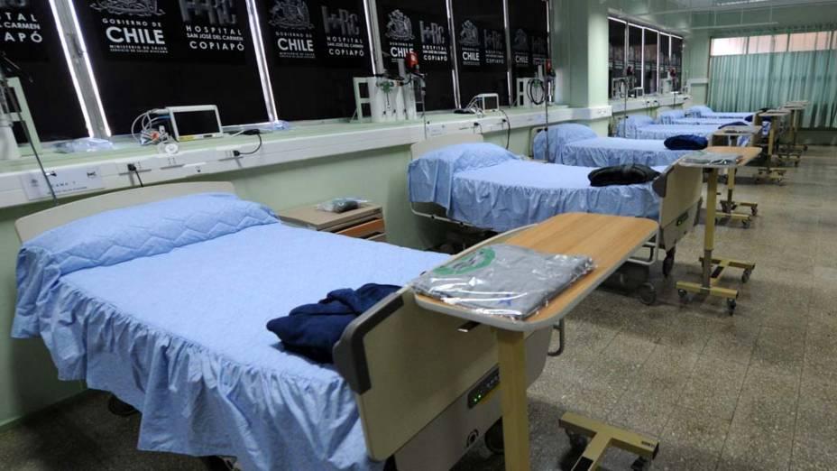 Instalações no Hospital de Copiapó para onde os mineiros serão levados
