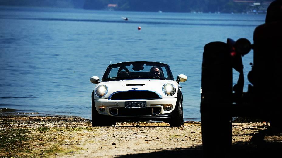 Mini Cooper S Roadster: frente segue a linha das outras versões