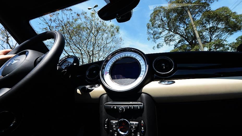 Interior do Mini Cooper S Roadster