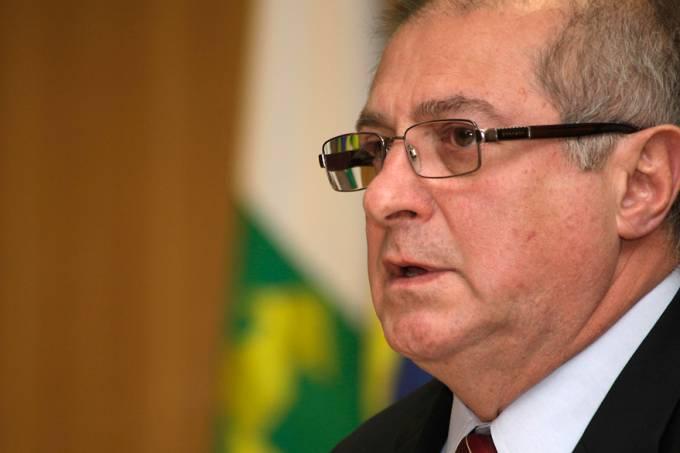ministro-comunicacoes-paulo-bernardo-20120830-03-original.jpeg