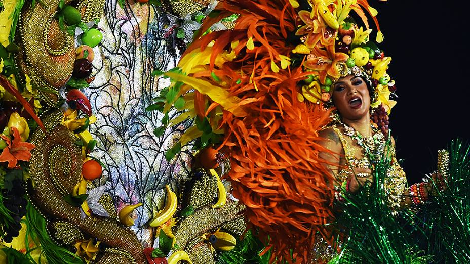 """Desfile da Mocidade Alegre no segundo dia de desfile do Grupo Especial de São Paulo com o enredo: """"Nos Palcos da Vida… Uma Vida no Palco. Marília"""""""