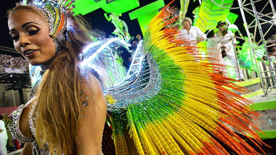 Desfile da escola de samba Mocidade Independente de Padre Miguel pelo Grupo Especial, na Marquês de Sapucaí no Rio de Janeiro (RJ), nesta segunda-feira (03)