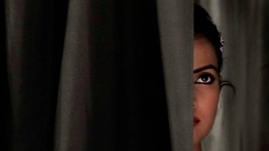 Na cidade de Nova Délhi, modelo participa de seleção para a Semana de Moda Indiana<br>
